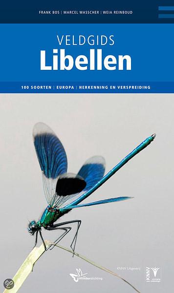 Mijn foto van een weidebeekjuffer op de cover van de veldgids libellen